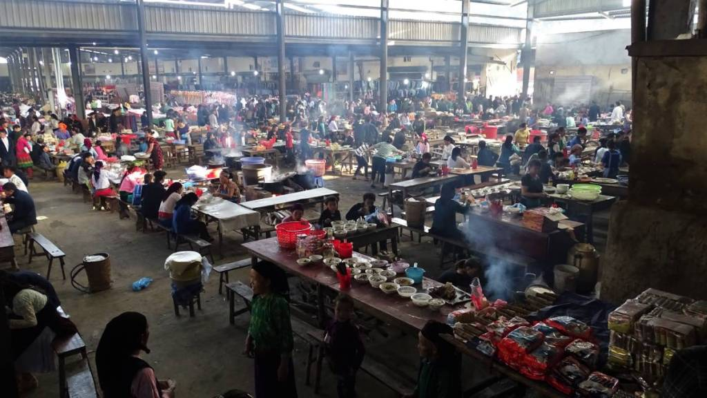 A view at the huge food court at the Meo Vac market where the hot meals are sold