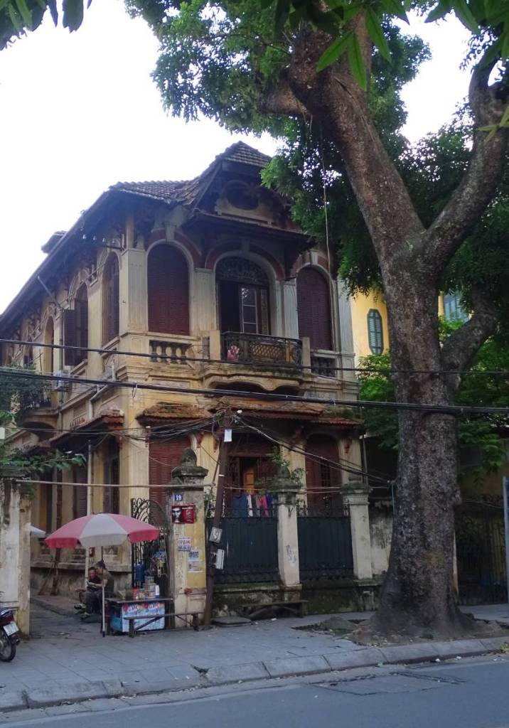 The old, grand residences in the old Hanoi