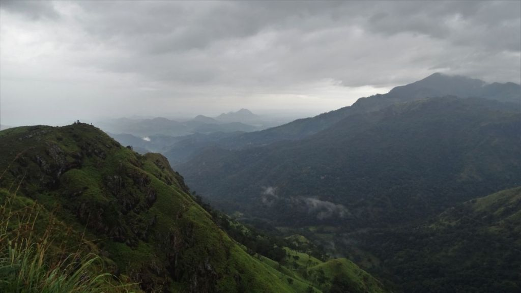 Mist-covered mountains and Little Adam's Peak in Ella