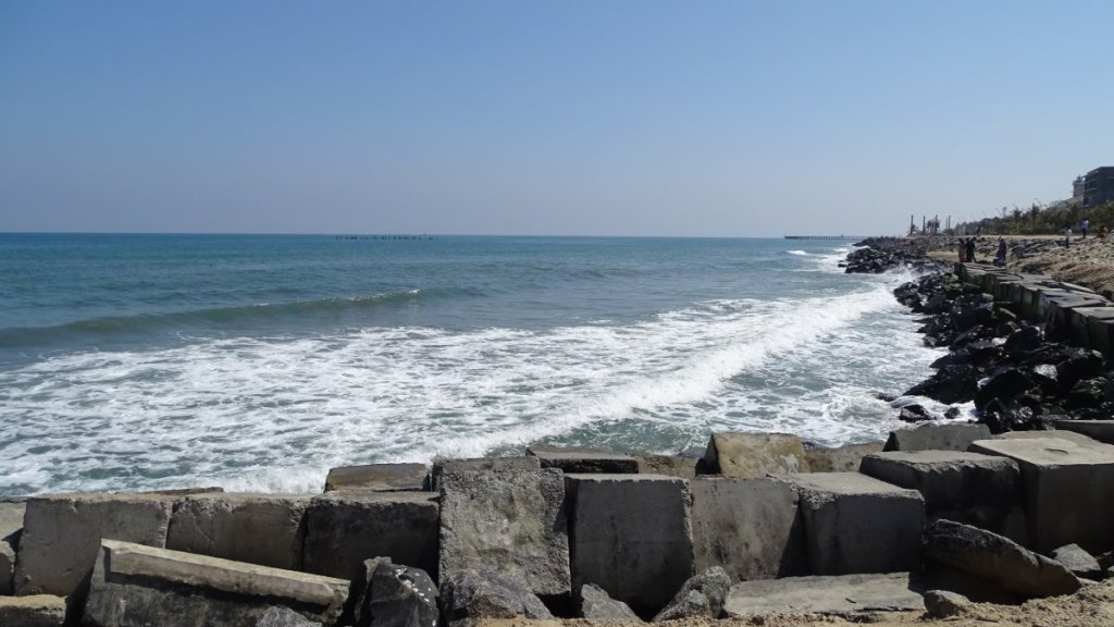 A rocky shore and a promenade along it in Puducherry